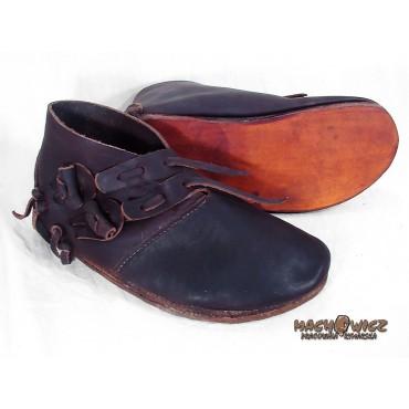 Buty męskie z bocznym zapięciem IX-XIw